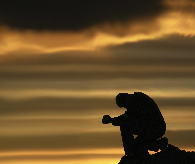 ¡¡¡FIRMA PARA QUE SE HAGA LA 6TA TEMPORADA READY NOW!!! - Página 4 Alone-with-god